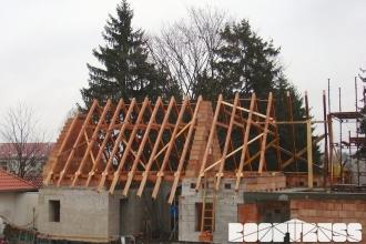 ZOO Park Vyškov - montáž krovu